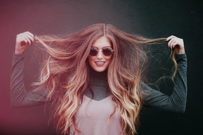 Les 10 bons gestes à adopter après la pose de vos extensions de cheveux.